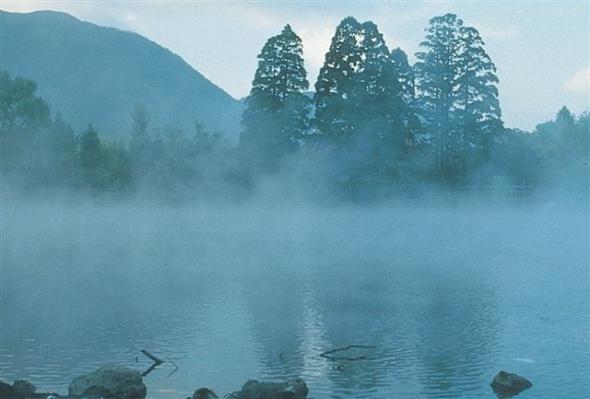 ゆふいん山水館 金鱗湖